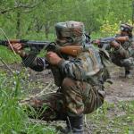 काश्मिरमा गोली हानाहान,भारतीय सैनिकसहित तीनजनाको मृत्यु