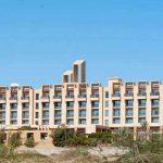 पाकिस्तानको एक पाँच तारे होटल बन्दुकधारीको कब्जामा