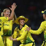अष्ट्रेलिया ८ विकेटले विजयी