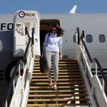 अस्ट्रेलिया भ्रमणमा न्युजिल्यान्डकी प्रधानमन्त्रीले आफ्नो झोला आफै बोकेपछि…(फोटोफिचर)