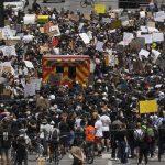 काला जातीको गाेली हानी हत्या गरेपछि अमेरिकामा चर्को विरोध प्रदर्शन
